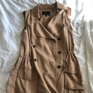 Banana Republic safari-like vest